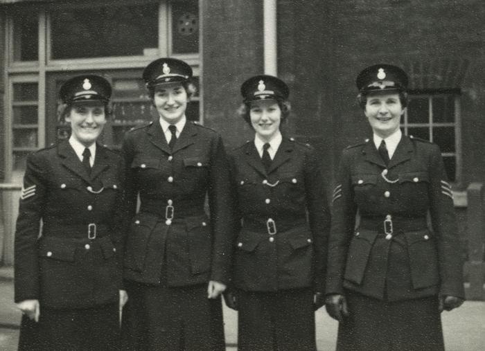 Police woman uniform uk